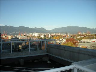 "Photo 9: 1302 1255 MAIN Street in Vancouver: Mount Pleasant VE Condo for sale in ""CITY GATE"" (Vancouver East)  : MLS®# V866533"