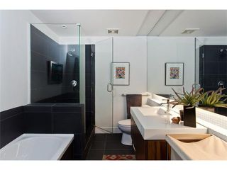 "Photo 7: 801 33 W PENDER Street in Vancouver: Downtown VW Condo for sale in ""33 LIVING"" (Vancouver West)  : MLS®# V869043"