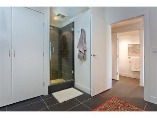 "Photo 5: 801 33 W PENDER Street in Vancouver: Downtown VW Condo for sale in ""33 LIVING"" (Vancouver West)  : MLS®# V869043"