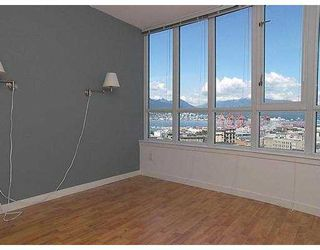 """Photo 5: 2107 63 KEEFER PL in Vancouver: Downtown VW Condo for sale in """"EUROPA"""" (Vancouver West)  : MLS®# V595894"""