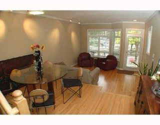 Photo 2: 1852 GRANT Street in Vancouver: Grandview VE House 1/2 Duplex for sale (Vancouver East)  : MLS®# V733615