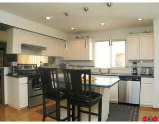 "Photo 4: 16740 85TH Avenue in Surrey: Fleetwood Tynehead House for sale in ""CEDAR GROVE"" : MLS®# F2903756"