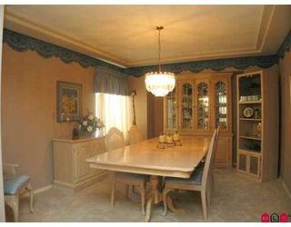"Photo 3: 16740 85TH Avenue in Surrey: Fleetwood Tynehead House for sale in ""CEDAR GROVE"" : MLS®# F2903756"