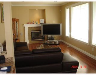 Photo 4: 8233 GILBERT Road in Richmond: Woodwards House for sale : MLS®# V765238