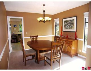 """Photo 3: 1936 AMBLE GREENE Drive in Surrey: Crescent Bch Ocean Pk. House for sale in """"AMBLE GREENE PARK"""" (South Surrey White Rock)  : MLS®# F2917355"""