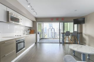 Photo 1: 1604 999 SEYMOUR Street in Vancouver: Downtown VW Condo for sale (Vancouver West)  : MLS®# R2397812