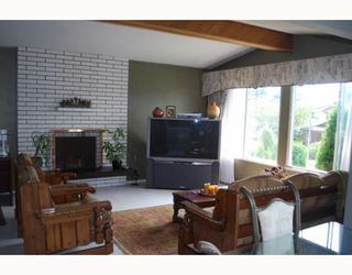 Photo 2: 10631 ANAHIM Drive in Richmond: McNair House for sale : MLS®# V780272