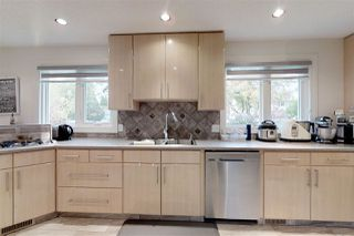 Photo 14: 14708 RIVERBEND Road in Edmonton: Zone 14 House for sale : MLS®# E4175578