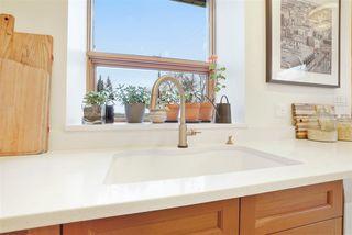 Photo 8: 11104 UNIVERSITY Avenue in Edmonton: Zone 15 Attached Home for sale : MLS®# E4180982