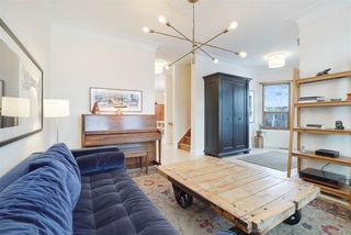 Photo 3: 11104 UNIVERSITY Avenue in Edmonton: Zone 15 Attached Home for sale : MLS®# E4180982