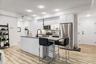 Photo 2: 205 4138 University Avenue NW in Calgary: University District Apartment for sale : MLS®# C4279742