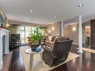 Photo 4: 4049 W 27TH Avenue in Vancouver: Dunbar House for sale (Vancouver West)  : MLS®# R2443846