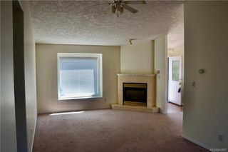 Photo 4: 8 Eagle Lane in View Royal: VR Glentana Manufactured Home for sale : MLS®# 843897