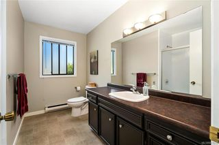 Photo 33: 950 Easter Rd in Saanich: SE Quadra House for sale (Saanich East)  : MLS®# 843512