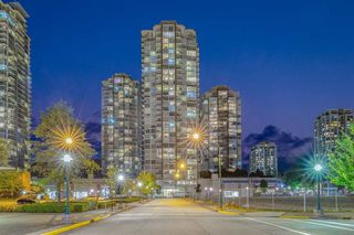 "Photo 1: 3703 2975 ATLANTIC Avenue in Coquitlam: North Coquitlam Condo for sale in ""GRAND CENTRAL 3"" : MLS®# R2507105"