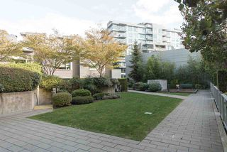"Photo 39: 809 328 E 11TH Avenue in Vancouver: Mount Pleasant VE Condo for sale in ""UNO"" (Vancouver East)  : MLS®# R2507884"