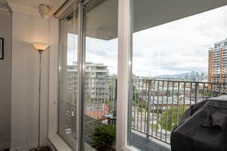 "Photo 6: 809 328 E 11TH Avenue in Vancouver: Mount Pleasant VE Condo for sale in ""UNO"" (Vancouver East)  : MLS®# R2507884"