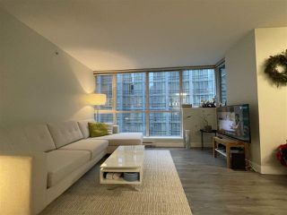 Photo 5: 704 1189 MELVILLE Street in Vancouver: Coal Harbour Condo for sale (Vancouver West)  : MLS®# R2526893