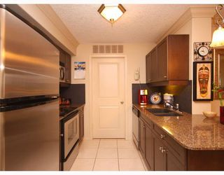 Photo 2: 307 736 57 Avenue SW in CALGARY: Windsor Park Condo for sale (Calgary)  : MLS®# C3412708