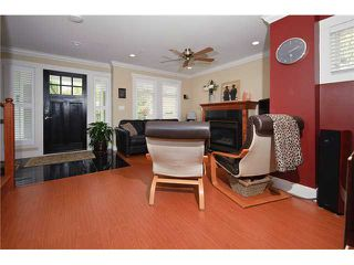 Photo 3: 1661 VICTORIA Drive in Vancouver: Grandview VE House 1/2 Duplex for sale (Vancouver East)  : MLS®# V821460