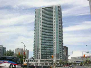 Photo 1: 9 30 Grand Trunk Crest in Toronto: Condo for sale (C01: TORONTO)  : MLS®# C1914833