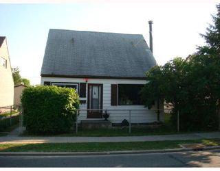 Photo 1: 610 CHALMERS Avenue in WINNIPEG: East Kildonan Residential for sale (North East Winnipeg)  : MLS®# 2815098