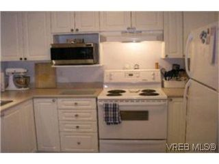 Photo 5:  in VICTORIA: La Fairway Condo Apartment for sale (Langford)  : MLS®# 387105