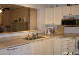 Photo 4:  in VICTORIA: La Fairway Condo Apartment for sale (Langford)  : MLS®# 387105