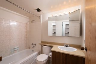 """Photo 19: 5 1850 E SOUTHMERE Crescent in Surrey: Sunnyside Park Surrey Condo for sale in """"Southmere Place"""" (South Surrey White Rock)  : MLS®# R2410986"""