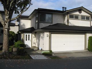 "Photo 1: 21 20881 87 Avenue in Langley: Walnut Grove Townhouse for sale in ""Kew Gardens"" : MLS®# R2413342"