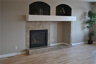 Photo 3: 11 Evanspark Terrace NW in Calgary: Evanston Detached for sale : MLS®# C4280171