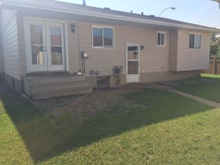 Photo 42: 148 CLAREVIEW Road in Edmonton: Zone 35 House for sale : MLS®# E4194870