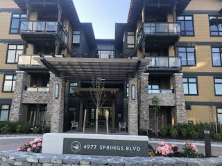 "Photo 3: 406 4977 SPRINGS Boulevard in Delta: Tsawwassen North Condo for sale in ""TSAWWASSEN SPRINGS"" (Tsawwassen)  : MLS®# R2453589"