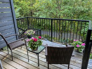 """Photo 6: 1177 NATURES GATE Crescent in Squamish: Downtown SQ Townhouse for sale in """"Natures Gate at Eaglewind"""" : MLS®# R2459208"""