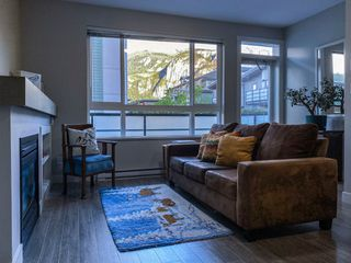 """Photo 17: 1177 NATURES GATE Crescent in Squamish: Downtown SQ Townhouse for sale in """"Natures Gate at Eaglewind"""" : MLS®# R2459208"""