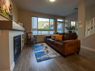 """Photo 14: 1177 NATURES GATE Crescent in Squamish: Downtown SQ Townhouse for sale in """"Natures Gate at Eaglewind"""" : MLS®# R2459208"""