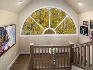 Photo 9: 3065 Surrey Rd in Oak Bay: OB Uplands House for sale : MLS®# 838744