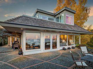 Photo 7: 3065 Surrey Rd in Oak Bay: OB Uplands House for sale : MLS®# 838744