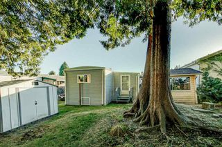 "Photo 19: 33 19697 POPLAR Drive in Pitt Meadows: Central Meadows Manufactured Home for sale in ""Meadow Highlands Co-Op MHP"" : MLS®# R2504574"