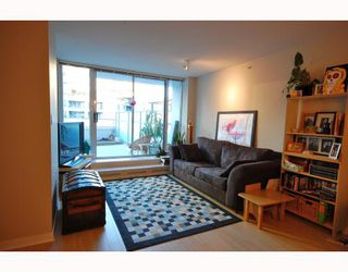 "Photo 3: 505 188 KEEFER Place in Vancouver: Downtown VW Condo for sale in ""ESPANA"" (Vancouver West)  : MLS®# V813715"
