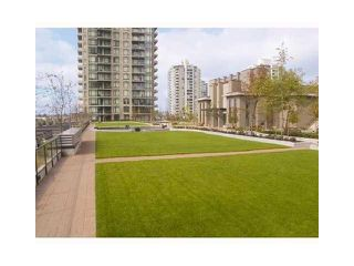 "Photo 10: 1803 2355 MADISON Avenue in Burnaby: Brentwood Park Condo for sale in ""OMA"" (Burnaby North)  : MLS®# V820928"
