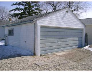 Photo 10: 372 RITA Street in WINNIPEG: St James Residential for sale (West Winnipeg)  : MLS®# 2804824