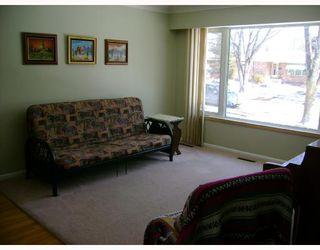 Photo 2: 372 RITA Street in WINNIPEG: St James Residential for sale (West Winnipeg)  : MLS®# 2804824
