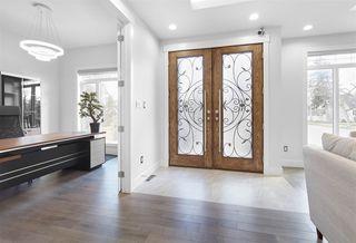 Photo 2: 11542 75 Avenue in Edmonton: Zone 15 House for sale : MLS®# E4168265