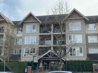 Main Photo: 406 1576 GRANT Avenue in Port Coquitlam: Glenwood PQ Condo for sale : MLS®# R2413876