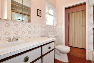 """Photo 10: 5410 KINCAID Street in Burnaby: Deer Lake Place House for sale in """"Deer Lake Place"""" (Burnaby South)  : MLS®# R2428197"""