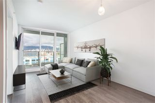 Photo 1: 503 933 E HASTINGS STREET in Vancouver: Strathcona Condo for sale (Vancouver East)  : MLS®# R2433009