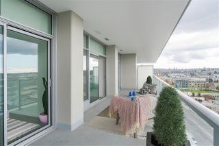 "Photo 7: 708 1888 GILMORE Avenue in Burnaby: Brentwood Park Condo for sale in ""TRIOMPHE"" (Burnaby North)  : MLS®# R2446925"