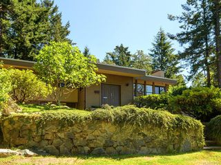 Photo 32: 4575 Rithetwood Dr in : SE Broadmead Single Family Detached for sale (Saanich East)  : MLS®# 850126