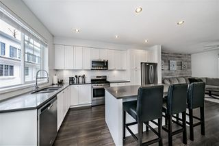 """Photo 2: 50 158 171 Street in Surrey: Pacific Douglas Townhouse for sale in """"THE EAGLES"""" (South Surrey White Rock)  : MLS®# R2501677"""